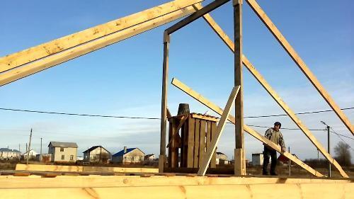 Как построить крышу? Крыша в доме из бруса в фото