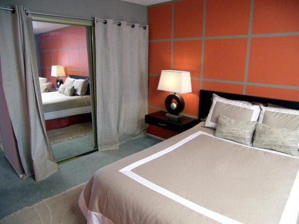 Как правильно использовать зеркало в спальне по фен шуй