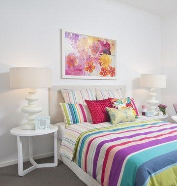Как выбрать картины для спальни