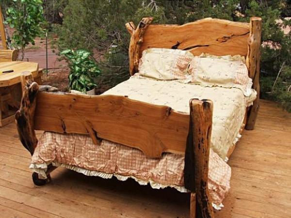 Кровать в спальню своими руками: возможности и реализация