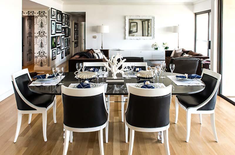 Монохромный интерьер от дизайнера Janet Rice в фото