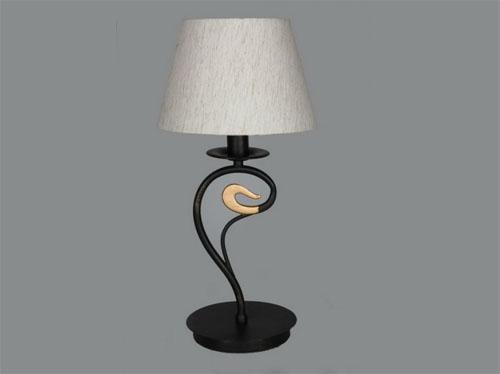 Настольная лампа OMNILUX OML: настоящее немецкое качество в фото