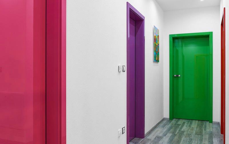 Особенности покраски дверей: технология и нюансы в фото
