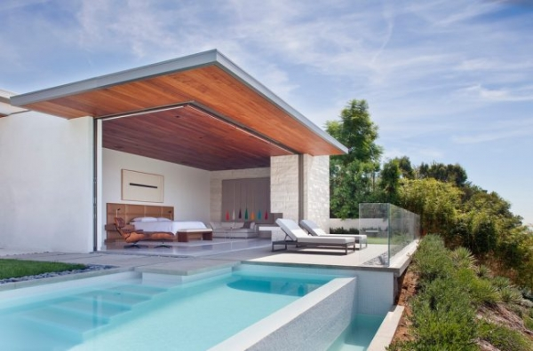 Резиновая краска по бетону: оптимальное решение для оформления фасада, кровли и бассейна
