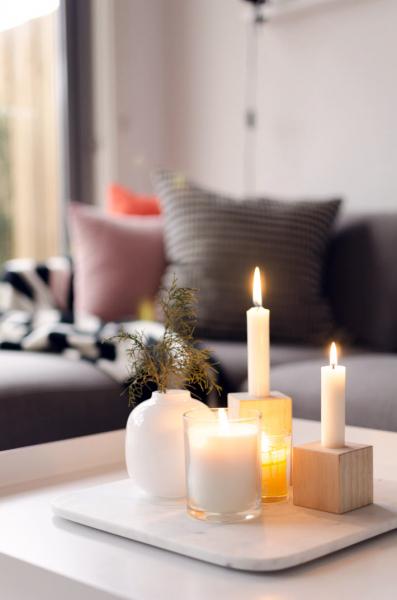 Свечи в интерьере для создания уютной атмосферы в фото