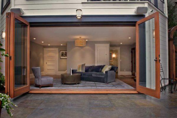 Входные двери ПВХ (металлопластиковые) в частный дом