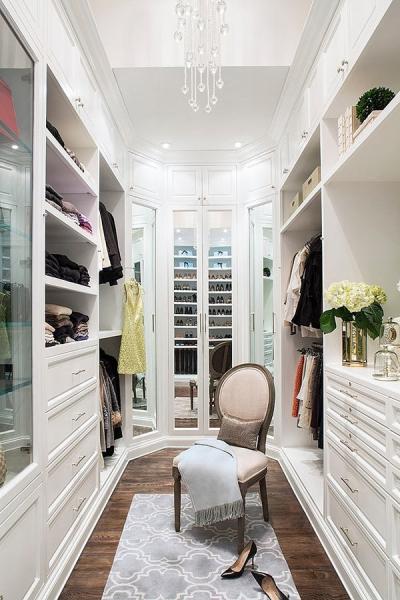 Вилла в Голливуде с шикарной гардеробной комнатой (дизайн Smith Firestone Associates) в фото