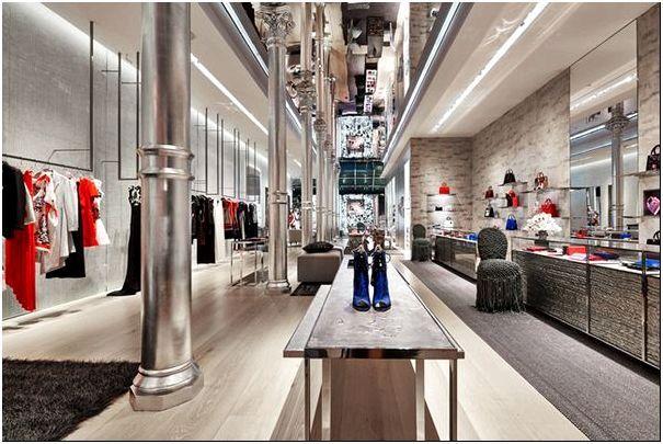 potryasayushij dizajn firmennogo magazina dior