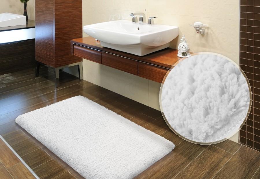 Большой коврик с высоким ворсом для ванной комнаты