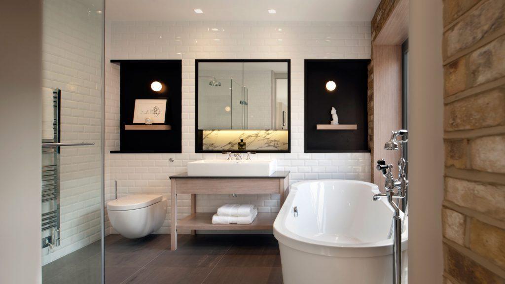 Фото современных идей для светлых ванных комнат