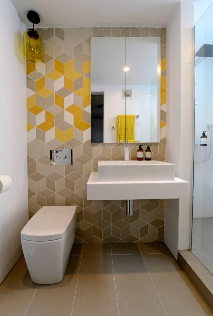 Фото оригинального дизайна плитки для ванной комнаты