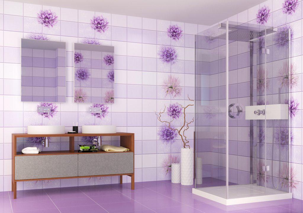 Яркий дизайн стеновых панелей для светлой ванной комнаты