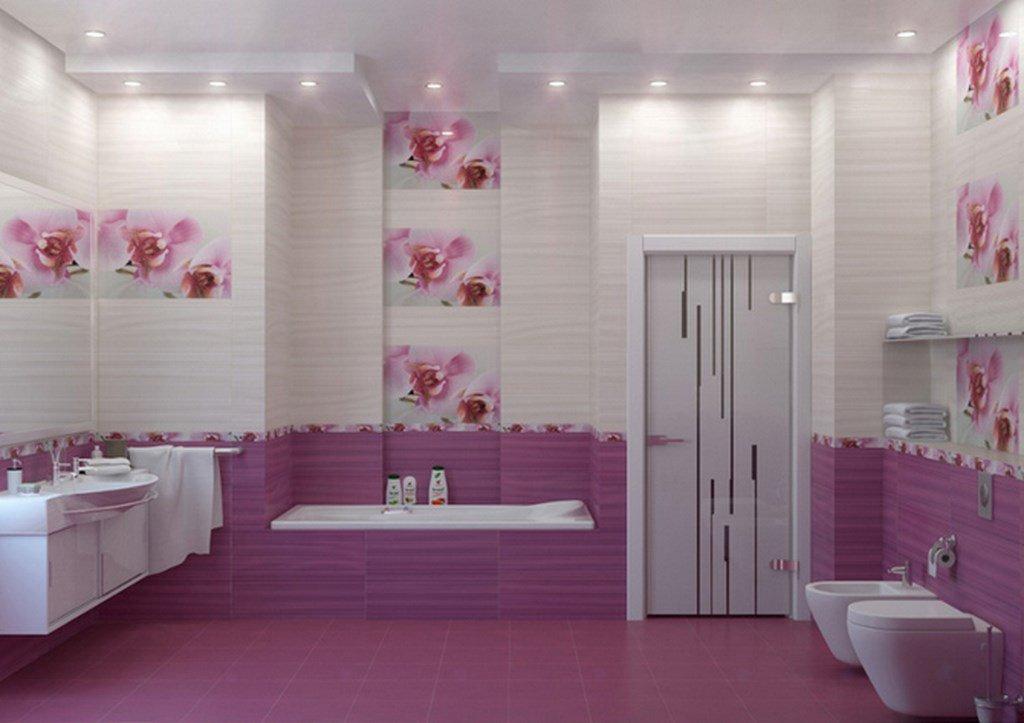 Дизайн декора стен ванной комнаты кафельной плиткой с нанесенными цветами