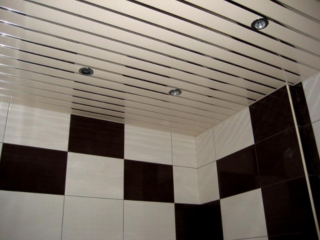 Как правильно выбирать потолок с подсветкой в ванной комнате