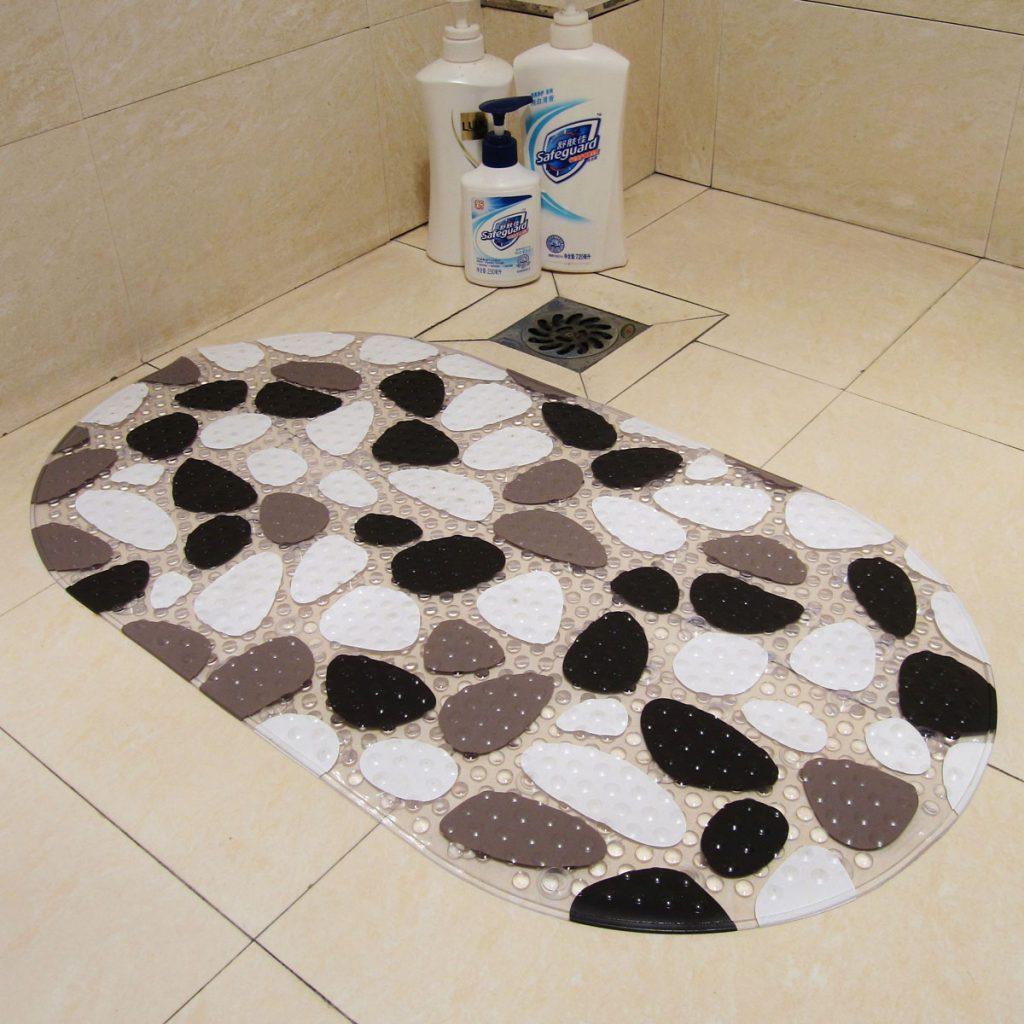 Основные критерии для выбора коврика в туалет или ванную