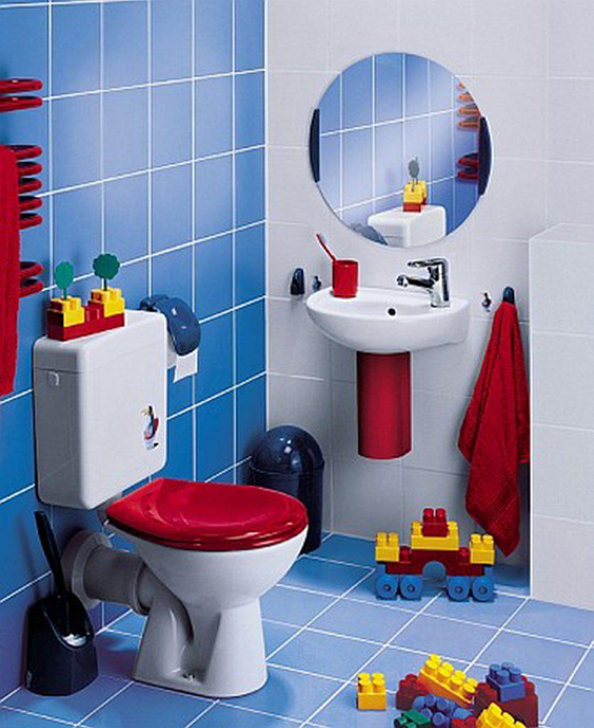 Практичный мягкий коврик для детской ванной комнаты