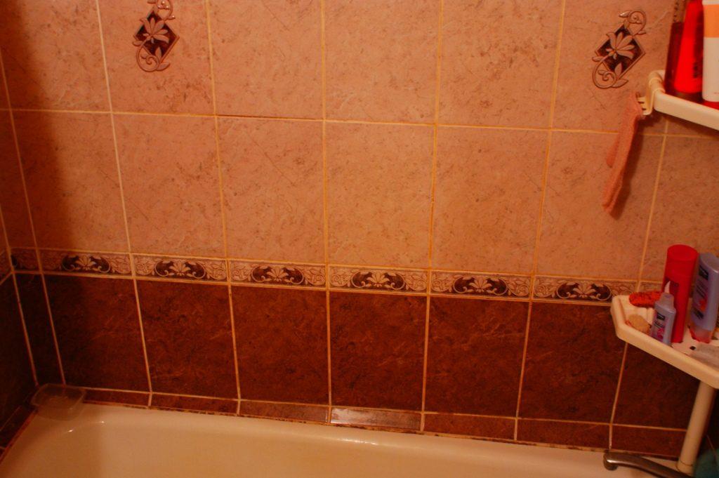 Преимущества плитки для интерьера маленькой ванной комнаты