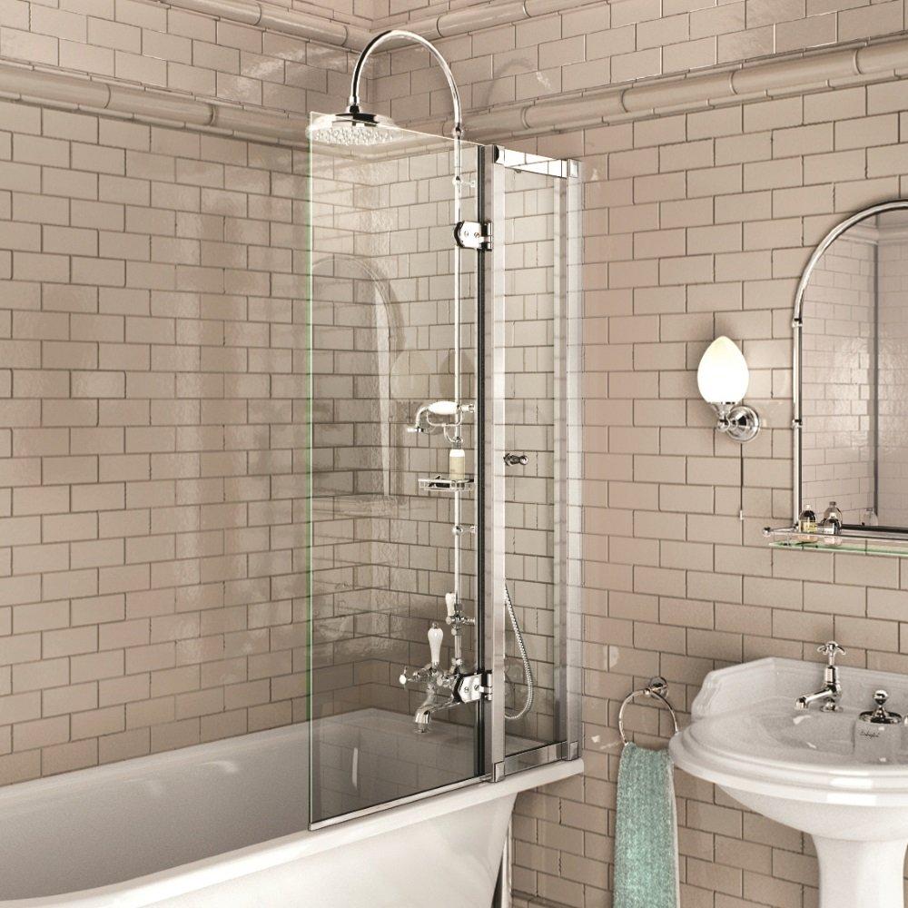 Достоинства и недостатки стеклянной шторки для просторной ванной комнаты