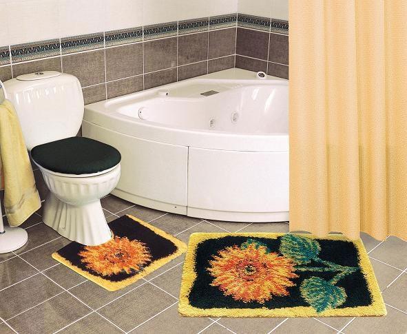 Оригинальный коврик в дизайнерском стиле для ванной комнаты