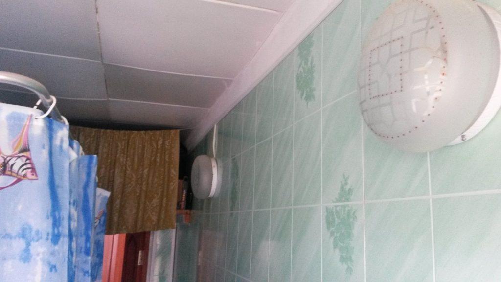 Фото пластиковых панелей для ванной комнаты маленькой площади