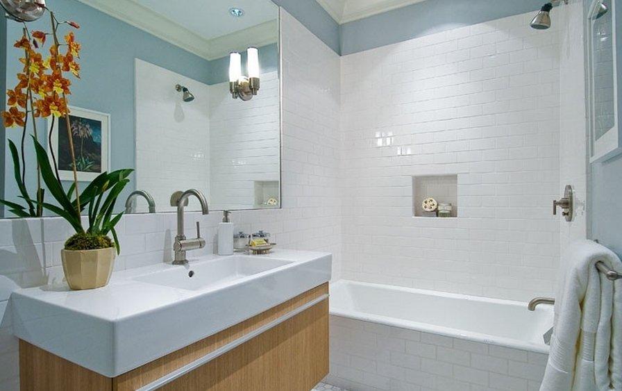 Преимущества и недостатки использования белой плитки для декора ванной комнаты