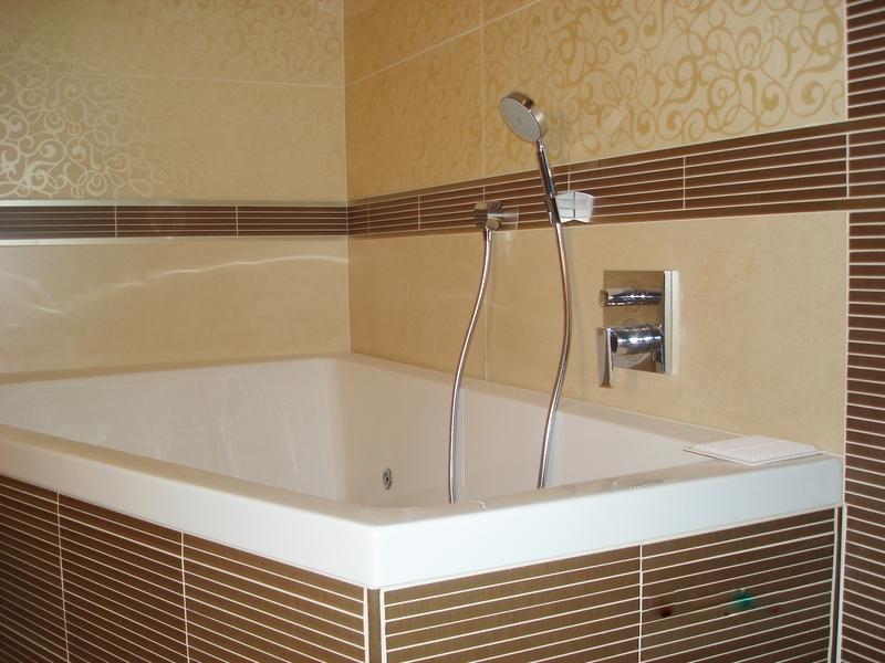 Преимущества использования стеновых панелей для ванных комнат