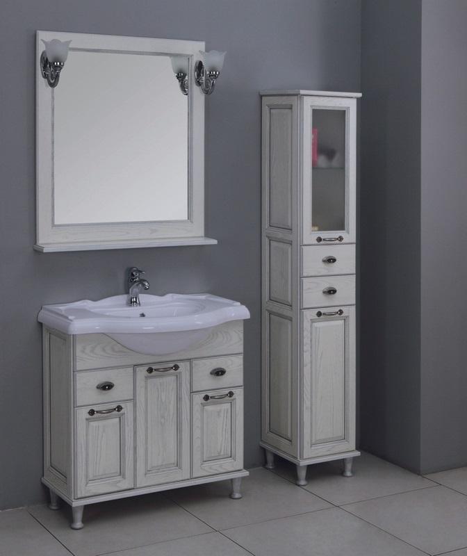 Современная ванная комната с коллекцией мебели от «Акватон» в стиле прованса