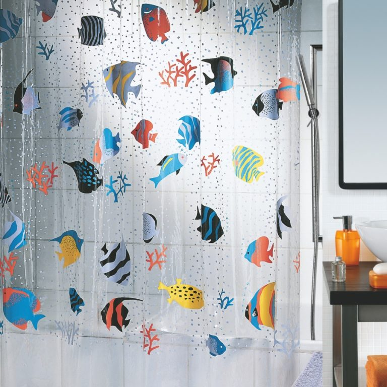 Преимущества и недостатки стеклянной шторки с рисунком