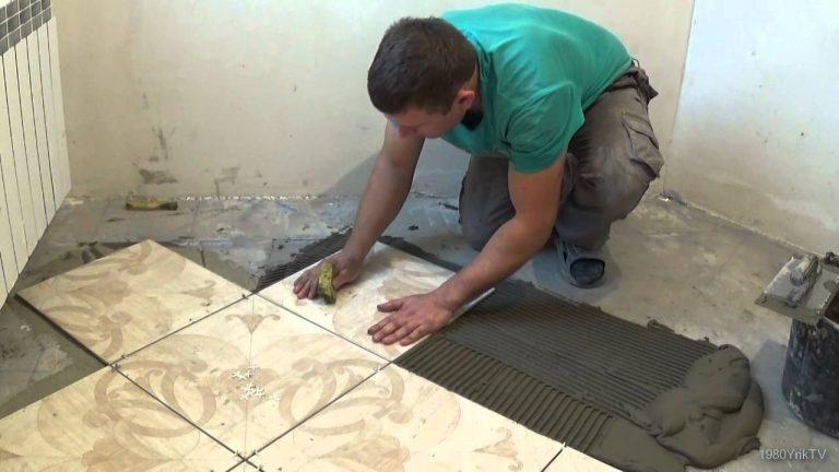 Как укладывать плитку на пол в ванной своими руками