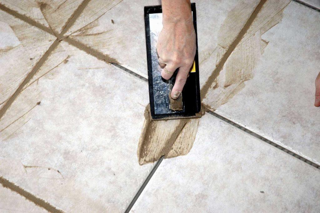 Укладка плитки в ванной комнате по современным технологиям