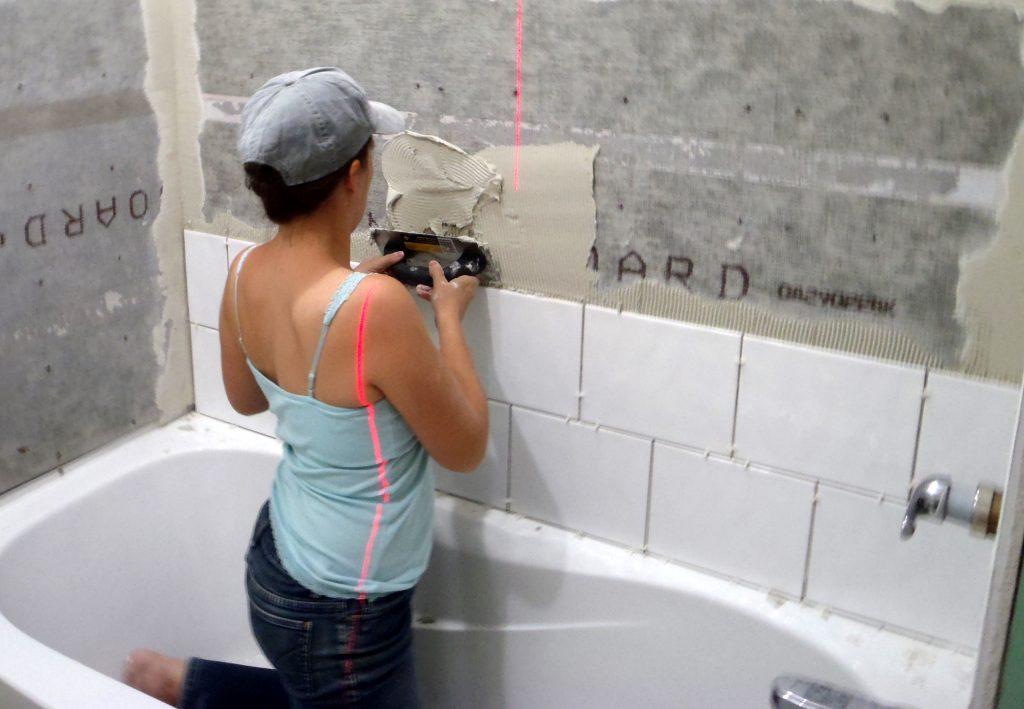 Укладка плитки своими руками в ванной комнате кирпичным рисунком