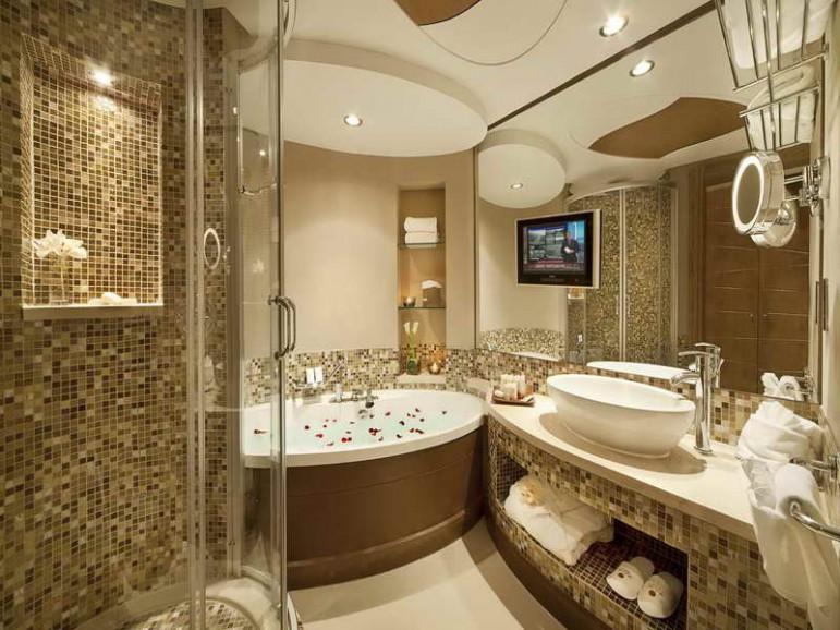 Советы как просто и доступно выполнить отделку ванной комнаты плиткой - дизайн как на фото с обложки