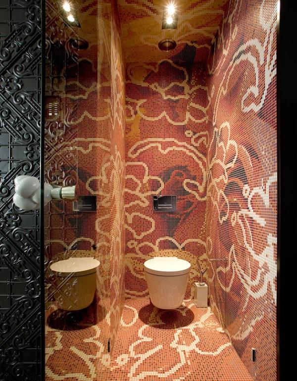Зеркала в дизайне маленькой ванны