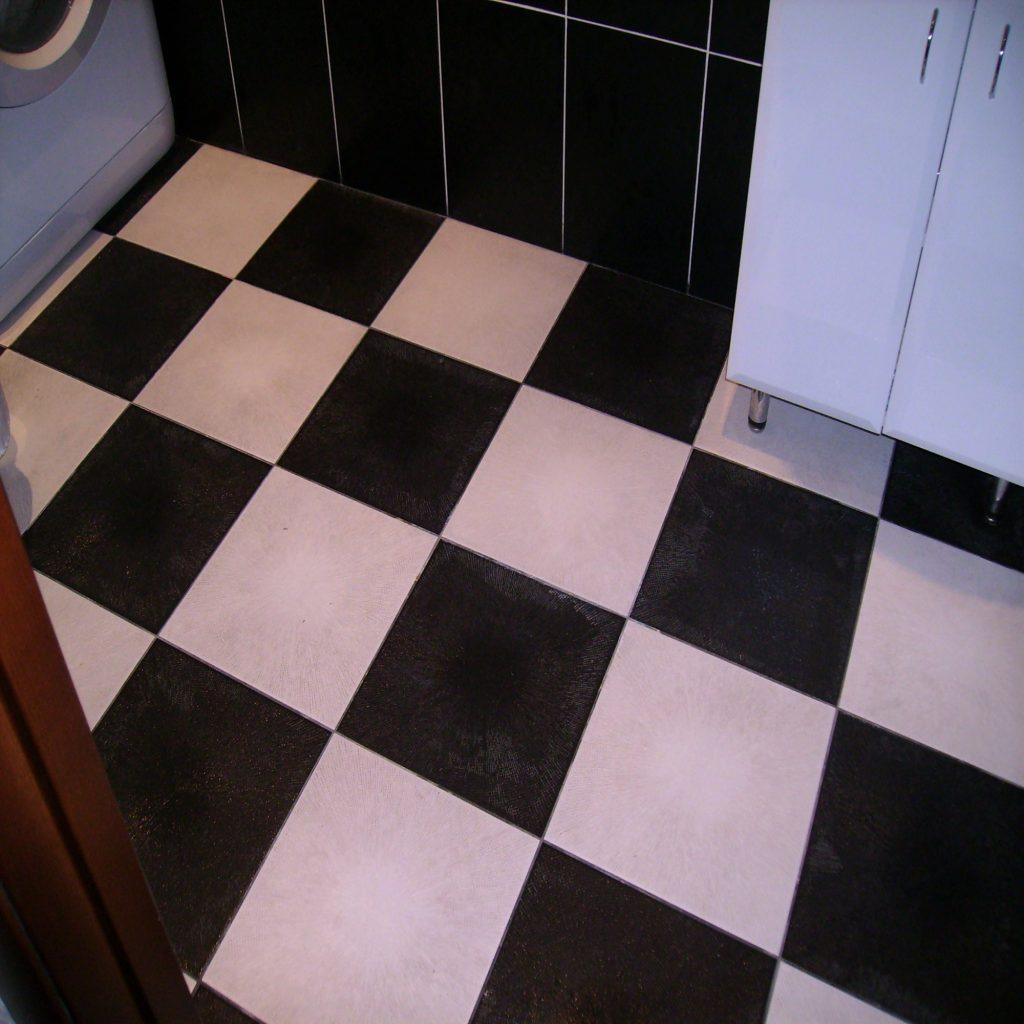 Ремонт пола в ванной комнате малого размера