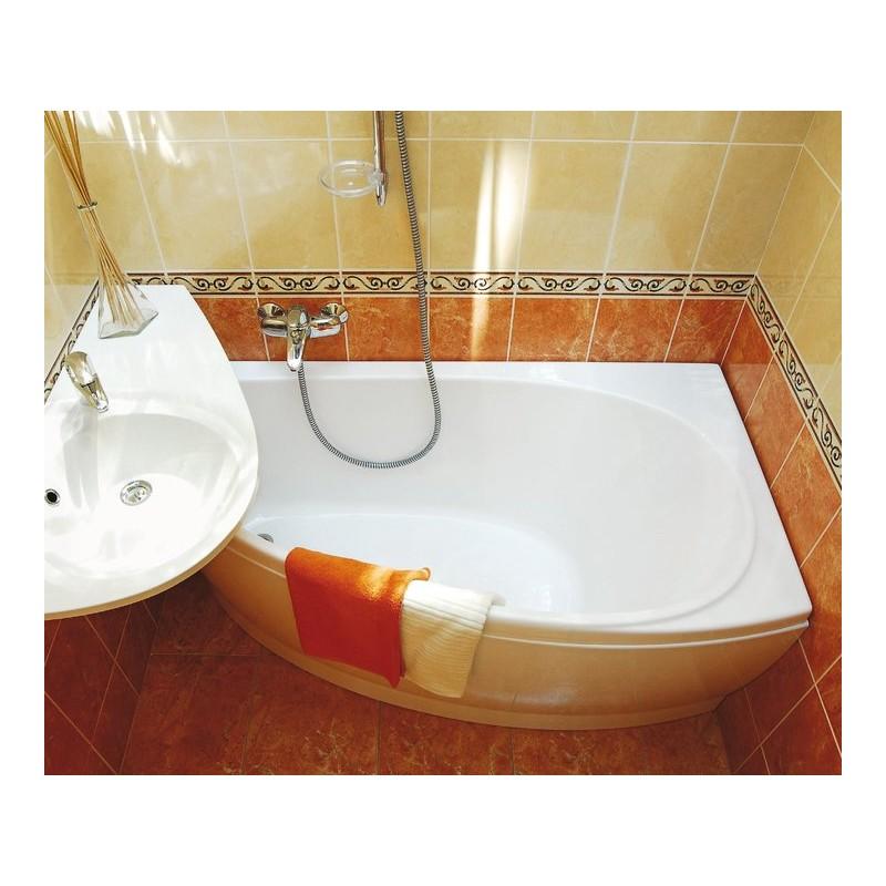 Фото дизайна маленькой ванной комнаты в оранжевом цвете