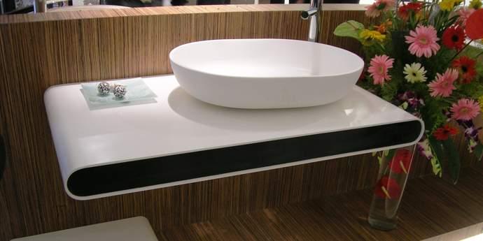 Современная накладная раковина на столешницу для ванной комнаты в стиле минимализма