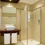 small-bathroom-modified-1111