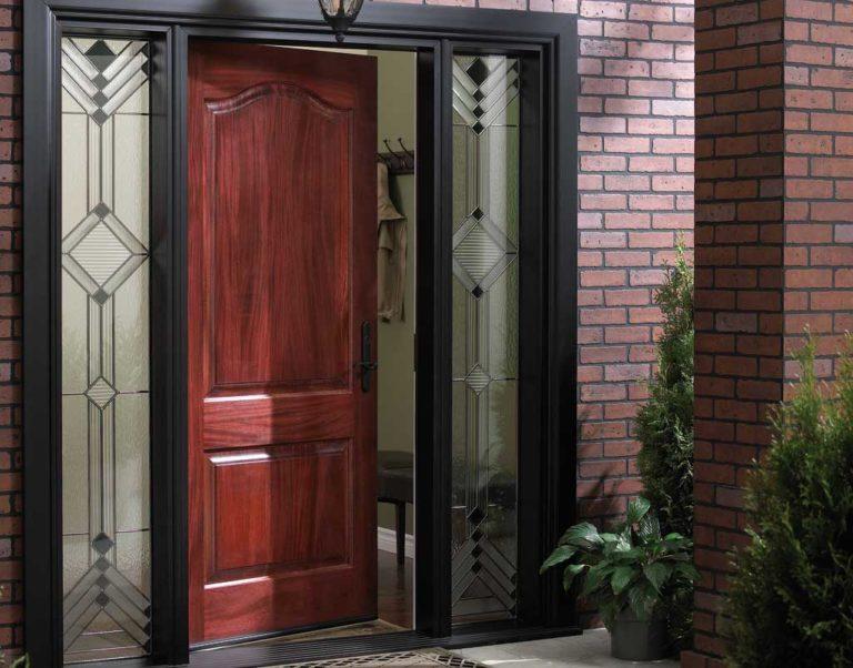 подобрать входную дверь в дом