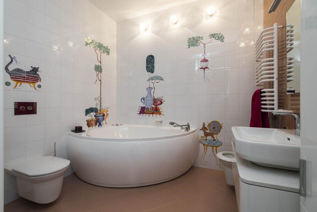 правильная сантехника в детской ванной