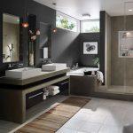 дизайн ванной в темных тонах с вставками и картиной