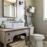 пример интерьера уютной ванной