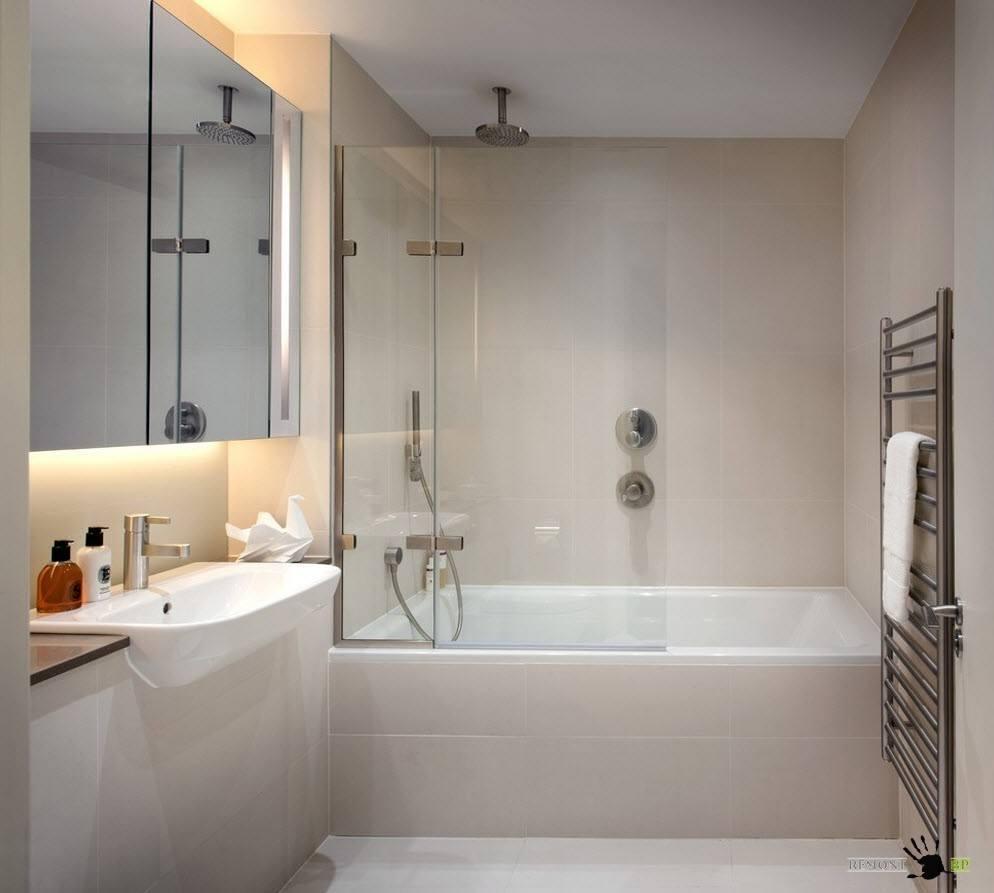 интерьер маленькой ванной в доме