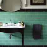 яркая керамическая плитка в ванной комнате в стиле этно в светлых тонах