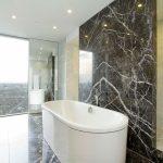 натуральные камни в интерьере ванной