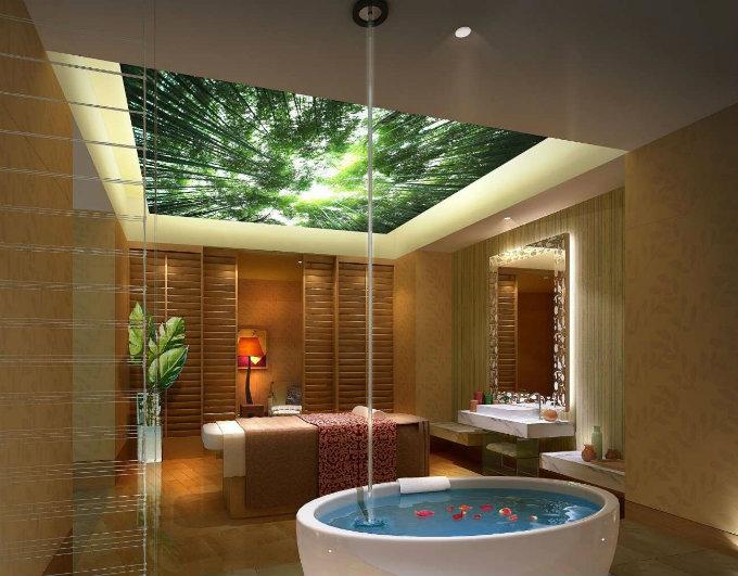 натяжной потолок в ванну с рисунком природы и подсветкой