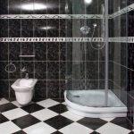 интерьер маленькой ванной в доме фото