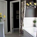 интерьер душевой комнаты в светлых тонах фото