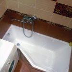 странная форма ванной