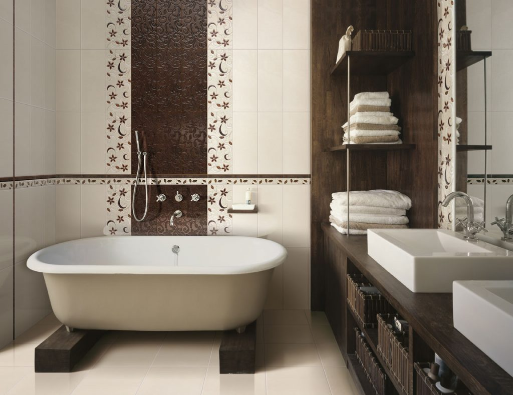 ванная комната с необычными рисунками
