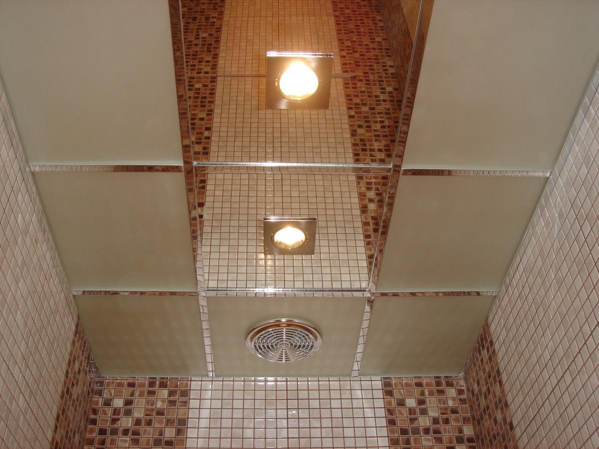 вентилятор в интерьере ванной